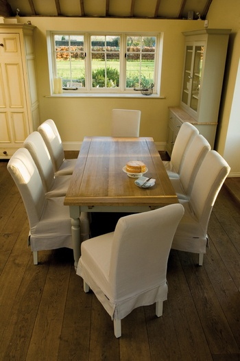 Suffolk 180-300cm Centre Extending Table *Neptune > Tables